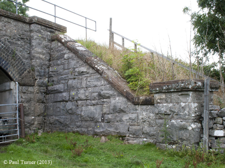 Bridge No 177 - Keel Well: Elevation view of North-East wing wall