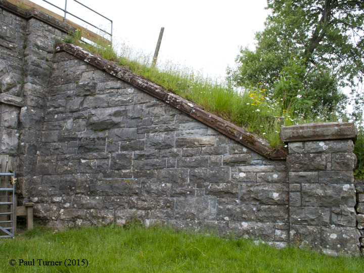 Bridge No 179 - High Park (footpath): Elevation view of North-East wing wall