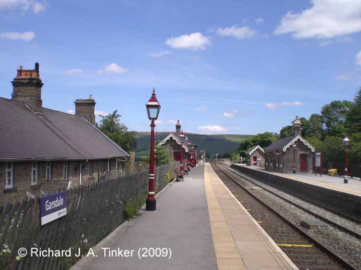 Garsdale Station (Down Platform): Context view looking north (2009)
