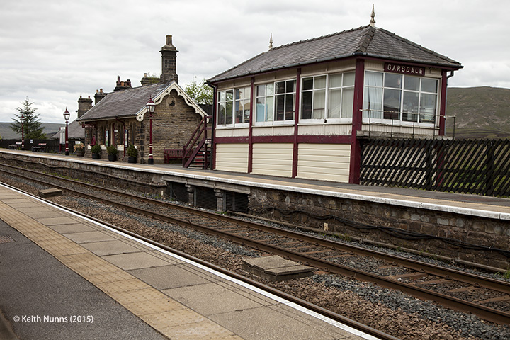 256700: Garsdale Signal Box: Context view from the north east