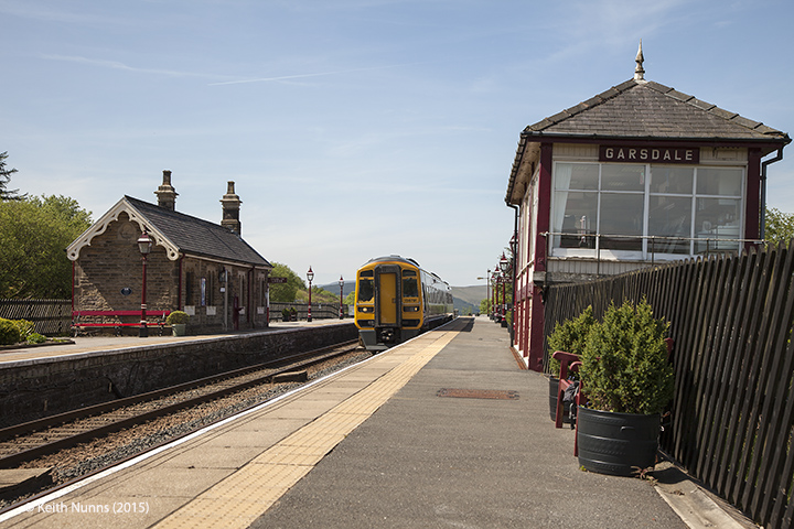 256640: Garsdale - Passenger Platform (Down): Context view from the north east