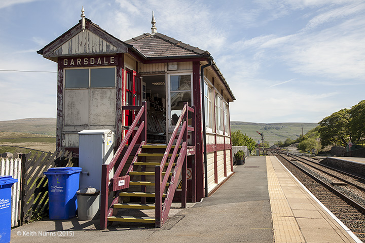 256700: Garsdale Signal Box: Elevation view from the south east