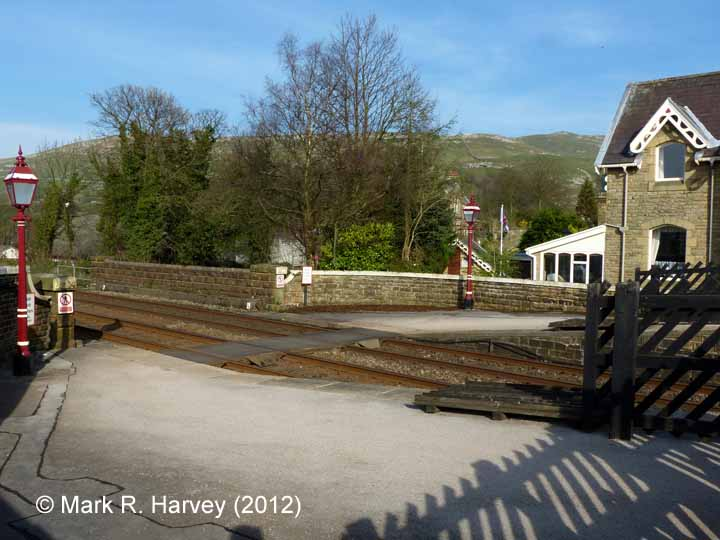 Settle Station - Barrow Crossing: Context view from the South-west