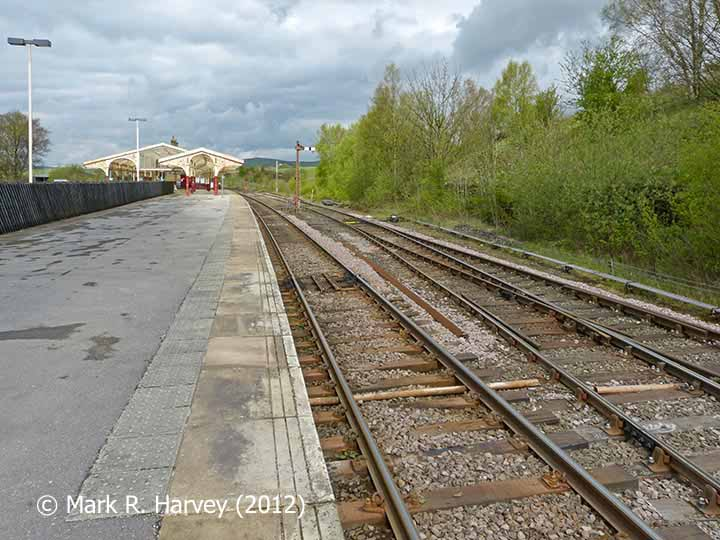 Hellifield Station and 'Up' loop / sidings area, viewed from SE