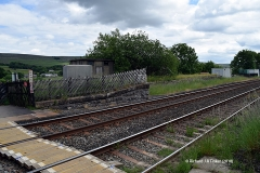 242490: Horton-in-Ribblesdale Station - Barrow Crossing & PROW (footpath): Elevation view from the North West