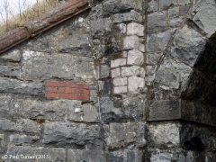 Bridge 173 - Croon Lorne: Detail of north west abutment and wing wall