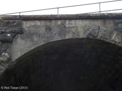 Bridge 173  - Croon Lorne: Detail of voussoirs from east