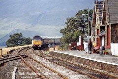Class 47 with southbound passenger train approaching Ribblehead Station
