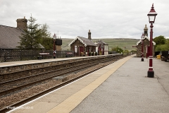 256640: Garsdale - Passenger Platform (Down): Context view from the south west