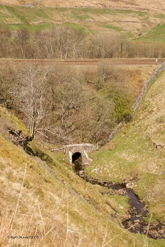 "255920: Bridge SAC/110 - Cote Gill (culvert 8' 0""): Context view from the east"