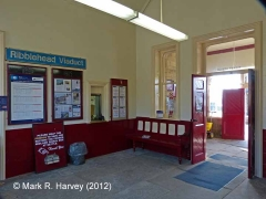 Settle Station Booking Office: Booking hall interior