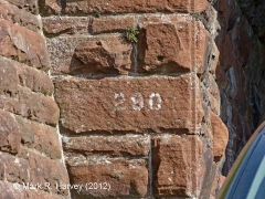 Bridge SAC/290 (PROW): Painted bridge number on abutment stonework
