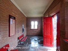 Lazonby & Kirkoswald Waiting Room (Down): Interior (south-east end)