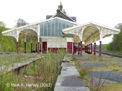 Hellifield Station: NW bay platform and canopy (NW elevation)